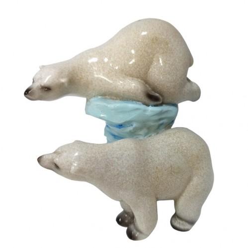 046008  (1-36) Фигурка Два белых медведя, 12*9*12см