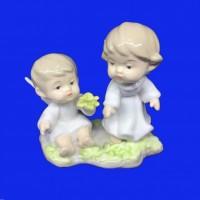 PMF28963  (1-48) Фигурка Два ангелочка, фарфор   11*13*7см
