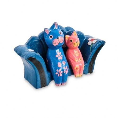 28-026-03 Фигурка Кошки на диване mini дерево (албезия, о.Бали)