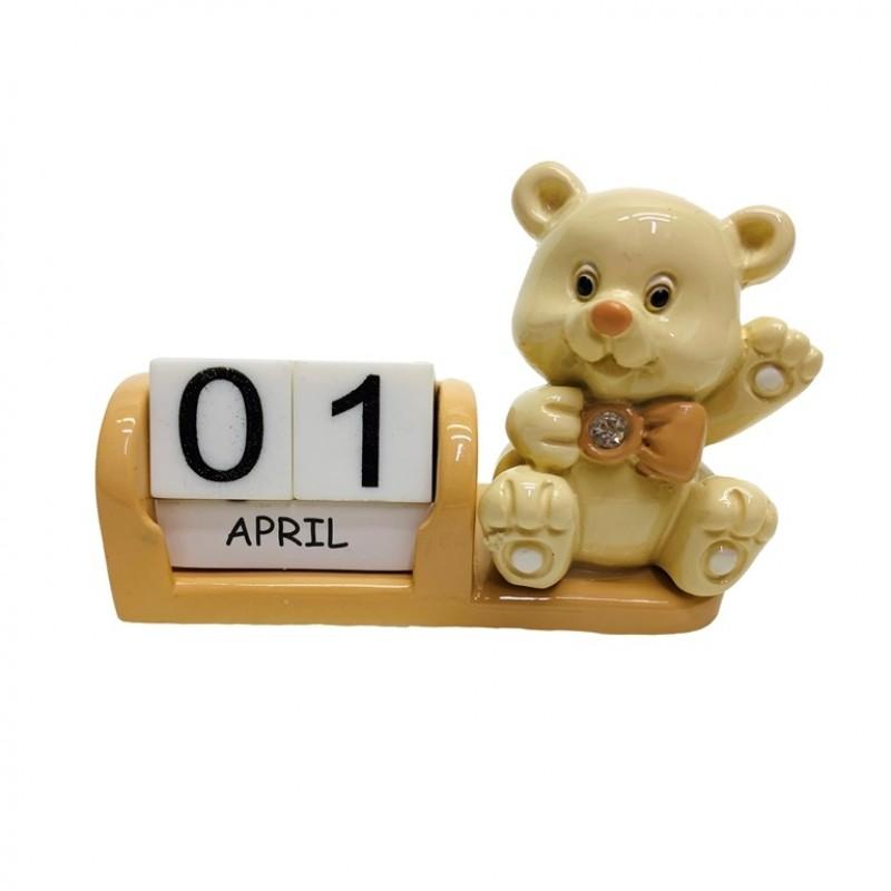 L53670  (12-144) Календарь с мишкой 3*7*6см