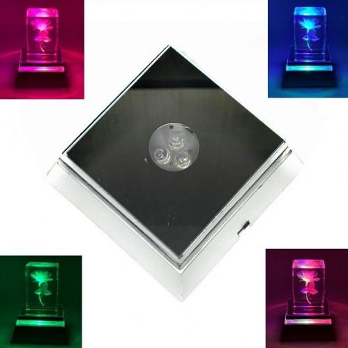 MML13301  (300) Подставка под кристалл с переливанием цветов, на батарейках, 7*7*3см