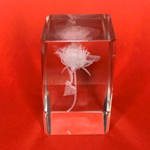 Параллелепипед граненый 40*40*60 мм из стекла (кристалл) с лазерной гравировкой 3 вида