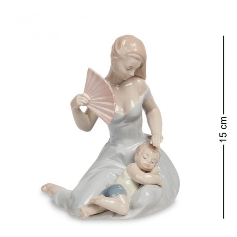 JP- 15/39 Статуэтка ''Женщина с ребенком'' (Pavone) 15см