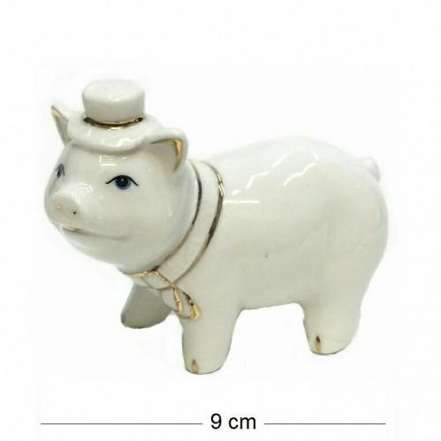 DIN3089  (1-144) Фигурка Свинка в шляпе, фарфор 9*5*8см