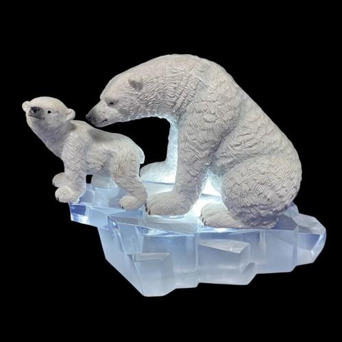 AK8215  (1-8) Медведи со светом 14*7*11см